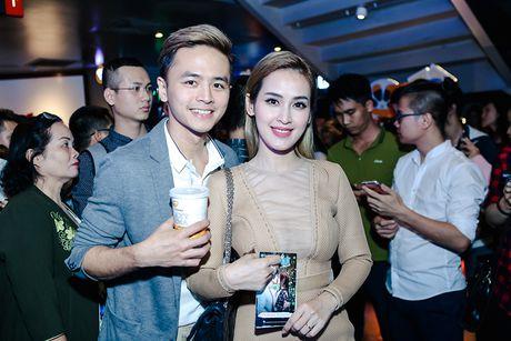 Vang Hong Dao, Quang Minh le bong ra mat phim moi - Anh 13