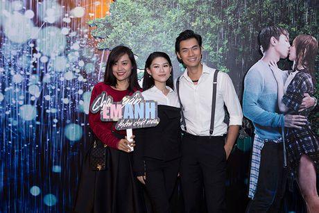 Vang Hong Dao, Quang Minh le bong ra mat phim moi - Anh 15