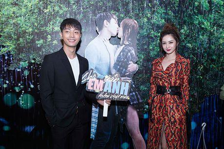 Vang Hong Dao, Quang Minh le bong ra mat phim moi - Anh 4