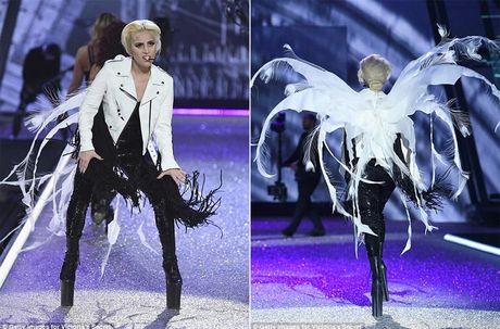 Lady Gaga quay tung trong show Victoria's Secret - Anh 7