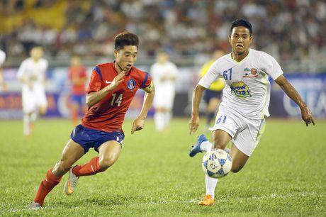 HAGL: Duc Luong noi got Xuan Truong den Han Quoc thi dau - Anh 1