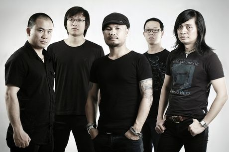 Nhom nhac Buc Tuong ra MV Thang 12 mung sinh nhat Tran Lap - Anh 1