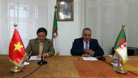 Gioi thieu kinh te Viet Nam voi doanh nghiep Algeria - Anh 2