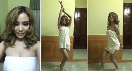 Hang loat hotgirl dap tra thach thuc NuDance cua Ngoc Trinh - Anh 1