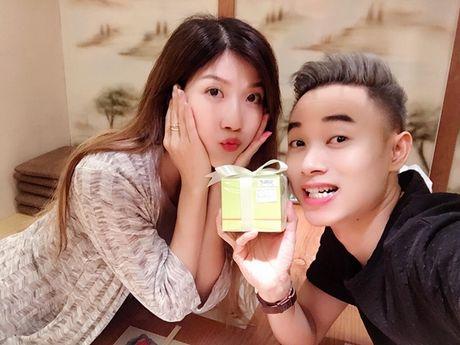 Sao Viet 1/12: Midu sexy nhan giai o Han Quoc, Bao Thy moi den ca tinh - Anh 7