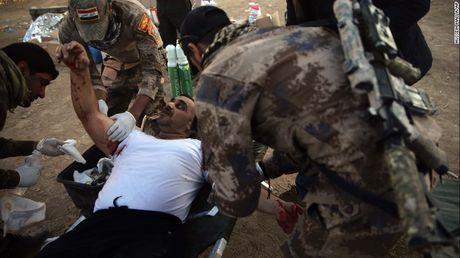 Chien su Mosul: IS su dung nuoc lam 'vu khi' - Anh 5