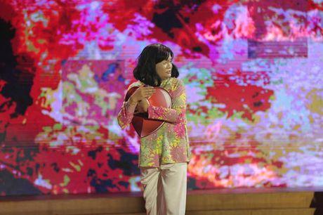 Cuoi Xuyen Viet Phien Ban Nghe Si: Trinh Tu Trung gia gai chinh phuc giam khao Hoai Linh - Anh 1