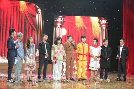 Cuoi Xuyen Viet Phien Ban Nghe Si: Trinh Tu Trung gia gai chinh phuc giam khao Hoai Linh - Anh 2