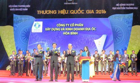 HBC nhan bieu trung Thuong hieu quoc gia 2016 - Anh 1