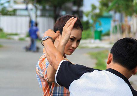 Ly Hai doat giai thuong dao dien xuat sac chau A - Anh 11