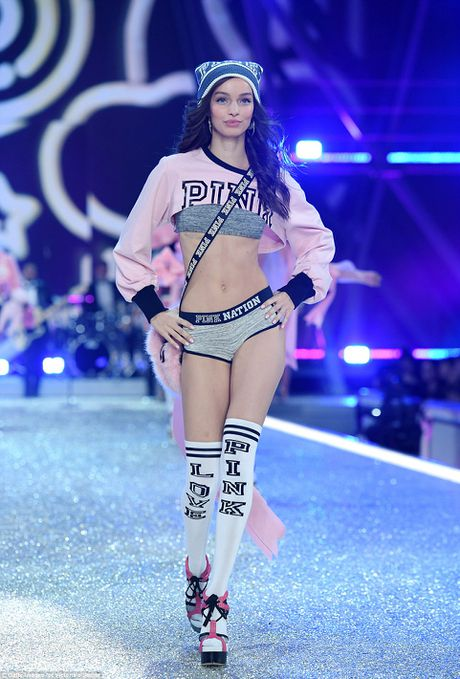 Dan thien than noi y Victoria's Secret 2016 long lay, nong bong - Anh 17