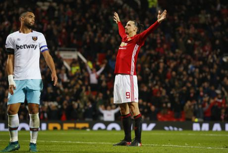 Ibrahimovic va Martial ghi cu dup, M.U de bep West Ham - Anh 2