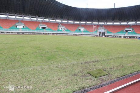 AFF Cup 2016: San dau ngon ngang truoc tran Indonesia - Viet Nam - Anh 4