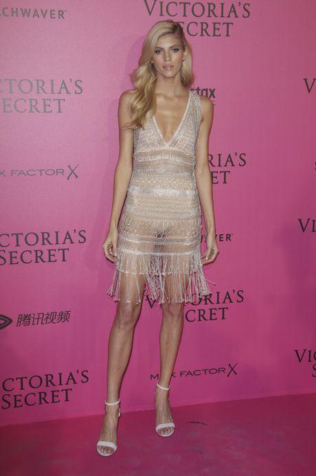 Hau tiec Victoria's Secret fashion show va dan thien than 'mac cung nhu khong' - Anh 11