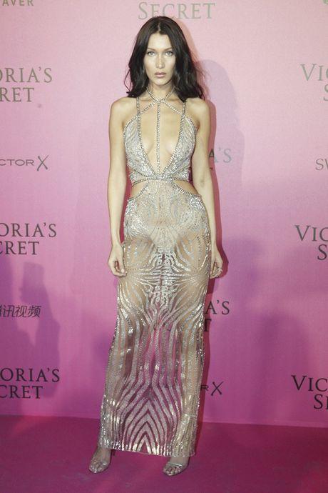 Hau tiec Victoria's Secret fashion show va dan thien than 'mac cung nhu khong' - Anh 8