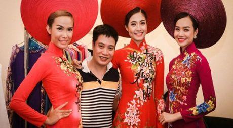 NTK Tuan Hai: 'Xuat hien tai Duyen dang Viet Nam la do duoc tin tuong' - Anh 1