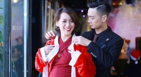 SlimV khong ngai ngan cong khai cham soc ban gai chon dong nguoi - Anh 1