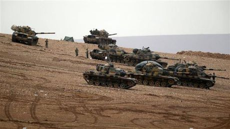 Tuyen bo lat do Tong thong Syria cua Erdogan khien Nga choang vang - Anh 1