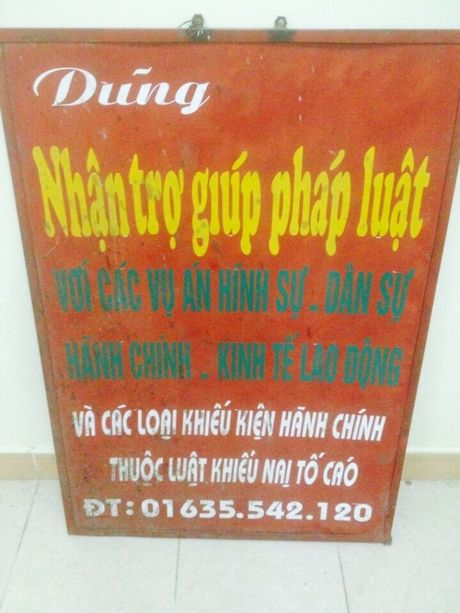 Nhan than 'hoanh trang' cua ga 'luat su' rom lua dao chiem doat tai san - Anh 2
