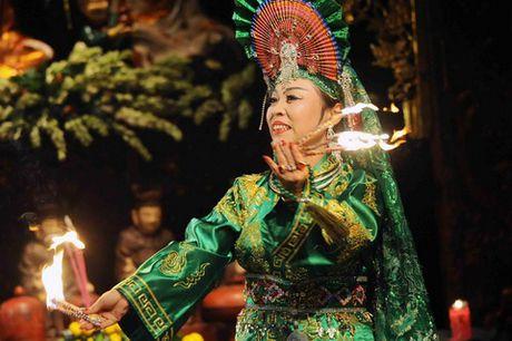 Tin nguong tho Mau vua chinh thuc duoc vinh danh la Di san the gioi - Anh 2