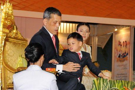 Cuoc doi tan nha vua Thai Lan - Anh 10
