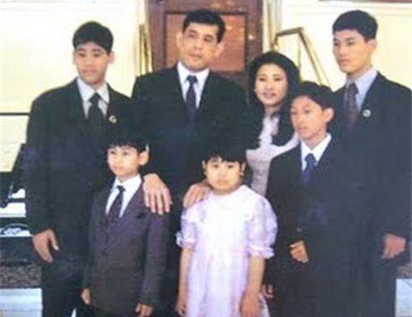 Cuoc doi tan nha vua Thai Lan - Anh 12