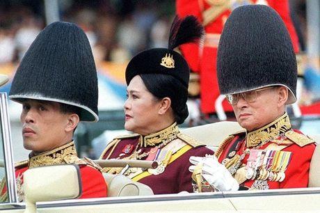 Cuoc doi tan nha vua Thai Lan - Anh 6