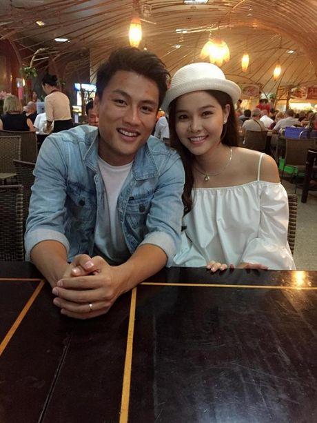 Ky Han dang anh Mac Hong Quan hon tinh cu Emmy Nguyen: Qua khu mai la qua khu! - Anh 1