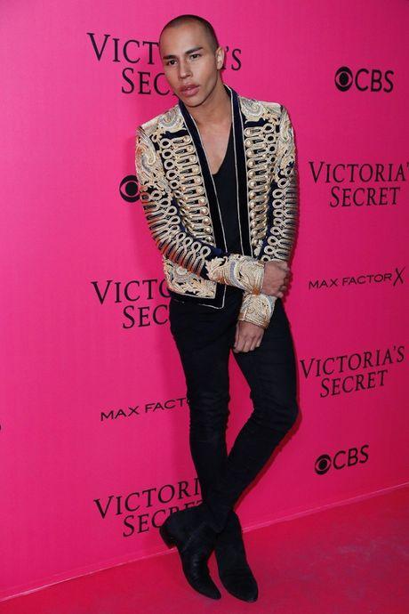 Thuong hieu 'tham hong Victoria's Secret' duoc giu vung, khong mot ai mac xau! - Anh 11