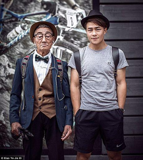 Lam stylist cho ong ba - lau lam roi moi co mot trao luu dang yeu the nay! - Anh 2