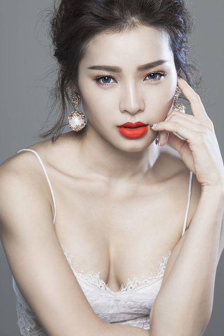 Uyen Trang bi stylist 'to' mac benh ngoi sao, Phuong Trinh Jolie len tieng - Anh 5