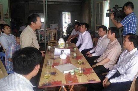 12 ho dan thi xa Sam Son, Thanh Hoa dau tranh doi quyen loi khi bi thu hoi dat: Ban hanh nhieu chinh sach ho tro, tranh cuong che - Anh 1