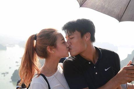 Ky Han bat ngo dang anh Mac Hong Quan khoa moi hot girl Emmy Nguyen - Anh 1