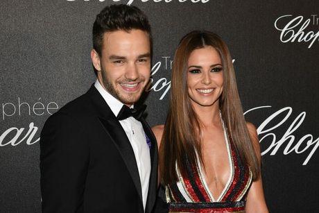 Cheryl dang mang thai con cua cuu thanh vien One Direction? - Anh 1
