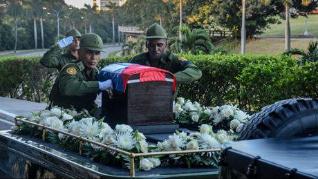 Le dua di hai lanh tu Fidel Castro ve Santiago de Cuba - Anh 3