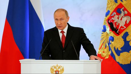 Tong thong Putin doc thong diep lien bang: Nga can ban be, khong muon doi dau - Anh 1