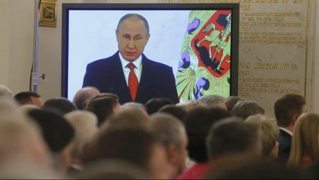 Tong thong Putin doc thong diep lien bang: Nga can ban be, khong muon doi dau - Anh 3