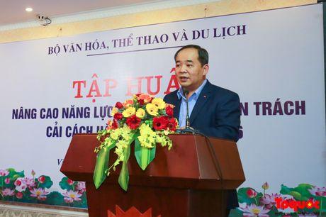 Khai mac Lop tap huan nang cao nang luc cong chuc chuyen trach cai cach hanh chinh - Anh 1
