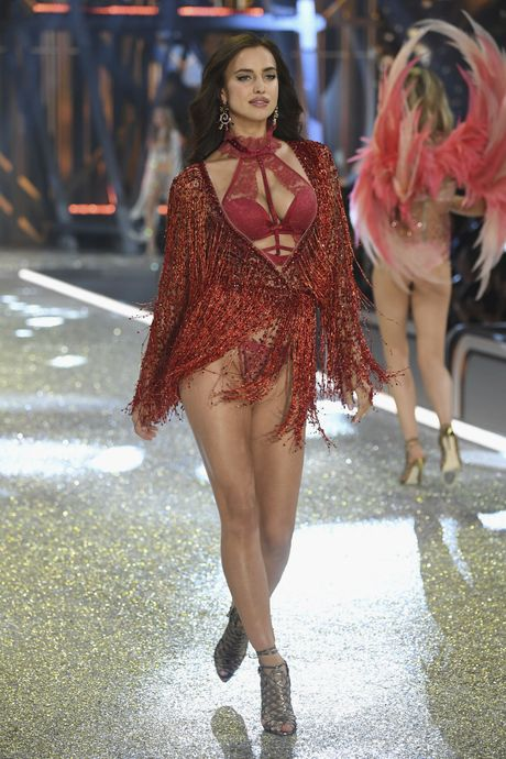 Nhung man trinh dien boc lua nhat Victoria's Secret Show - Anh 13