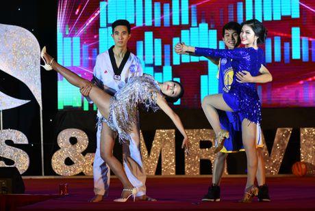 Chang trai cao 1,8 m tro thanh nam vuong DH Quoc gia Ha Noi - Anh 3