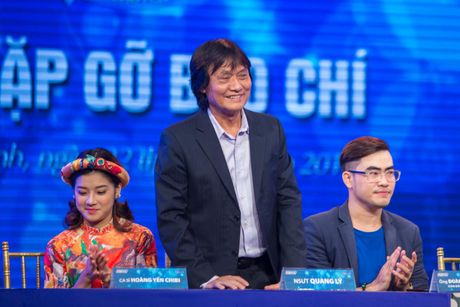 Hinh anh khoe manh cuoi doi cua NSUT Quang Ly - Anh 2