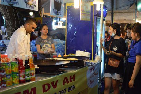 Thuong thuc mon ngon khap the gioi giua Sai Gon - Anh 1