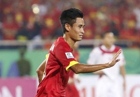 Nhan cu soc lon, Minh Tuan chua hen ngay tro lai DTVN - Anh 1