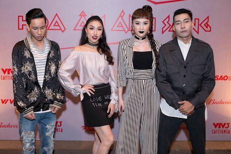 'The Remix 2017': Tan binh va cuu binh doi dau - Anh 1