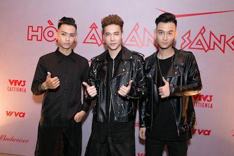 'The Remix 2017': Tan binh va cuu binh doi dau - Anh 4
