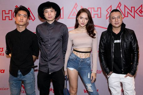 'The Remix 2017': Tan binh va cuu binh doi dau - Anh 5