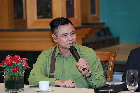 Giao su Xoay hua 'cu' khan gia bang nhung tran cuoi sang khoai - Anh 5