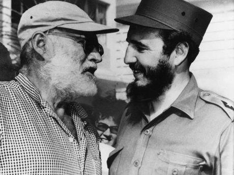 Hemingway va buoi cau ca la lung voi lanh tu Fidel Castro - Anh 1