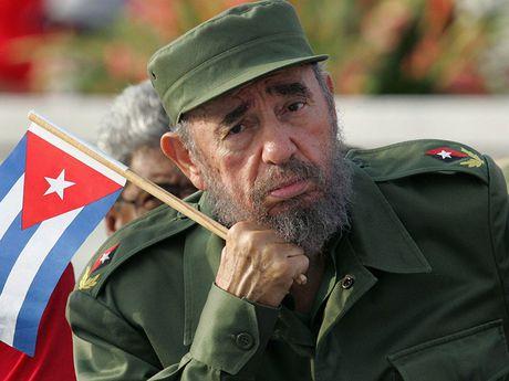 Hemingway va buoi cau ca la lung voi lanh tu Fidel Castro - Anh 2