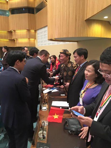 DUY NHAT 'Tin nguong tho Mau' duoc UNESCO vinh danh ma khong can thao luan - Anh 2